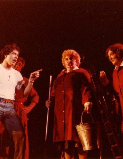 """Bravo! (1981). """"Che cos'ha un americano"""" insieme a Gabriele Villa, Ivana Rumor e Luisa Bixio."""