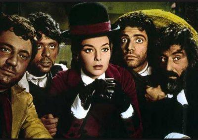 I quattro del pater noster (1969). Insieme a Paolo Villaggio, Lino Toffolo, Oreste Lionello, Rose Marie Dexter.