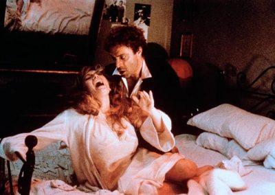 Sotto... Sotto... Strapazzato da anomala passione (1984). Insieme a Veronica Lario.