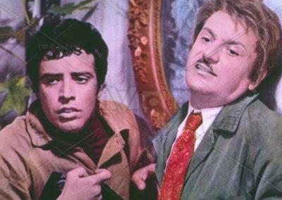 Il furto è l'anima del commercio!?… (1971). Insieme ad Alighiero Noschese.