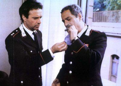 Il tenente dei carabinieri (1986). Insieme a Nino Manfredi.