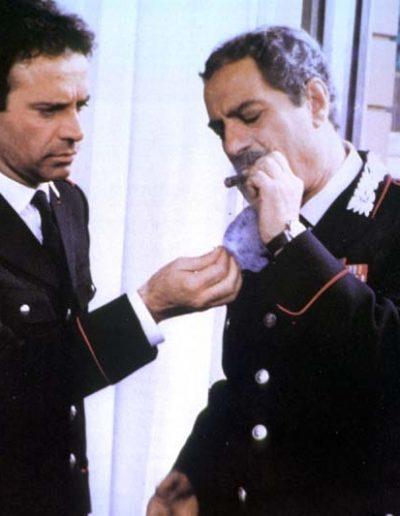 Il tenente dei carabinieri (1986), insieme a Nino Manfredi