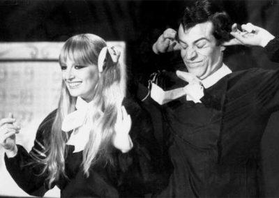 Mazzabubù (1975). Insieme a Gabriella Ferri.