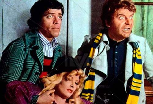 Il terrore con gli occhi storti (1972), insieme ad Alighiero Noschese e Isabella Biagini